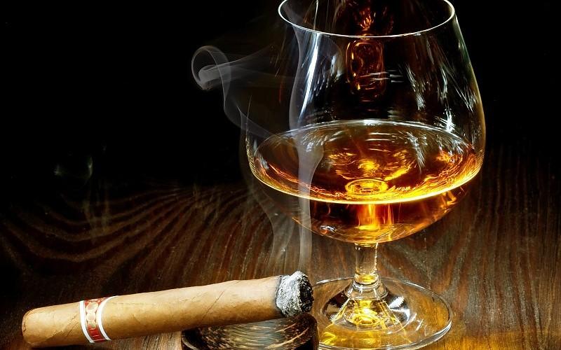 rum s doutníkem